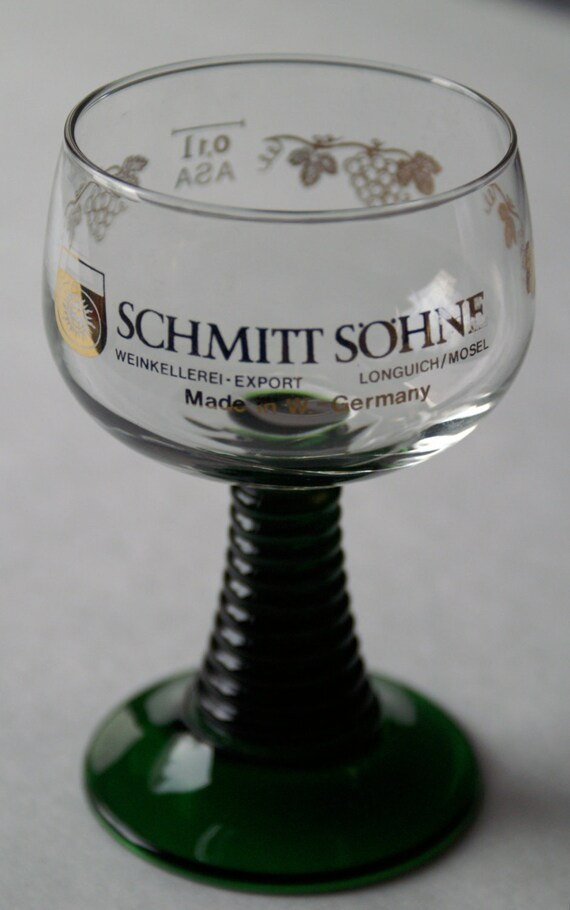 Schmitt Sohne Wine Glasses Green Stemmed  - Made in West Germany