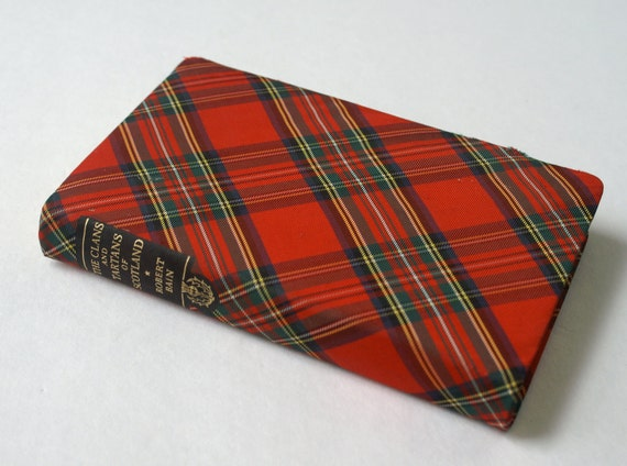 Vintage Hardcover Book The Clans and Tartans of Scotland by Robert Bain