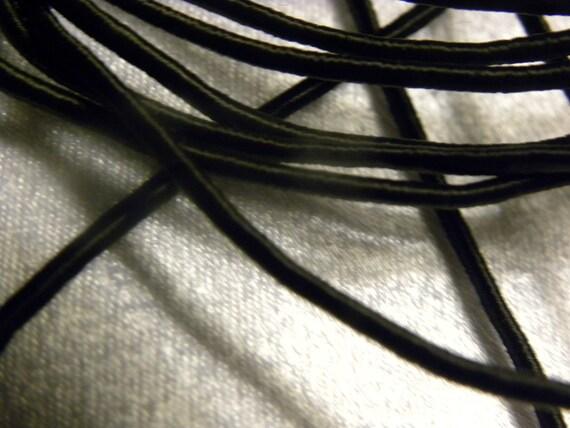 "Vintage 1940-1950's  1/16"" Silk Necklace Cording Sewing Beading Trim Lustrous Black 1 Yard"