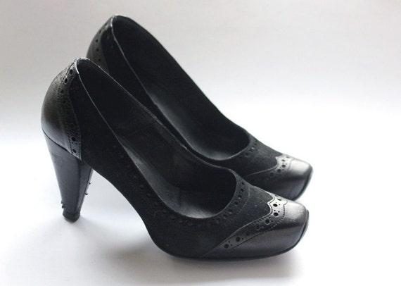 Italian black leather chunky high heel pump shoes size 6