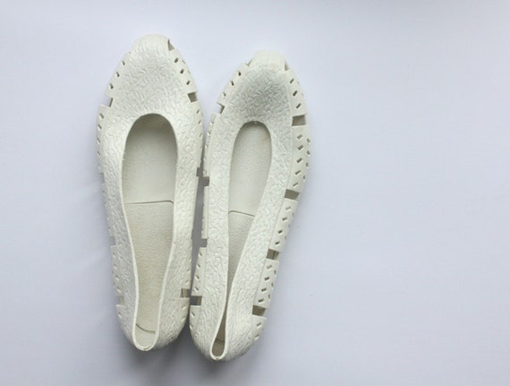 White plastic summer jelly shoes 8.5 39