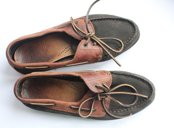 Soft leather moccasin loafers in green and brown