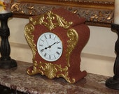 Antique style table clock