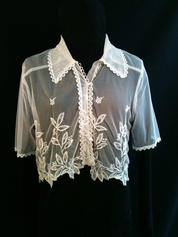 Vintage 90s White Lace Crop Top - Small
