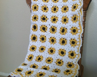 Adorable yellow sunflower crochet baby blanket/afghan