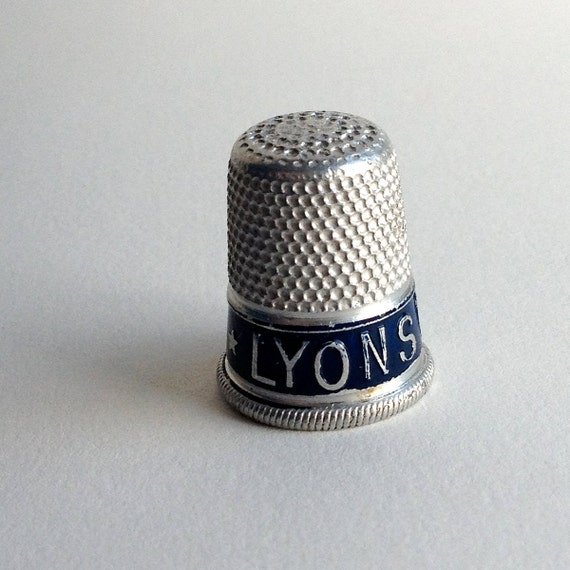 Rare Thimble advertising Lyon's Cakes, a great British brand famous for their tea rooms