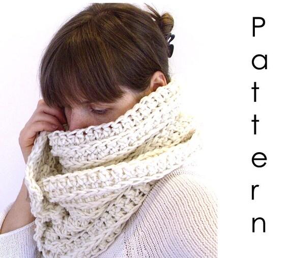 Crochet pattern Pdf- Chunky crochet scarf