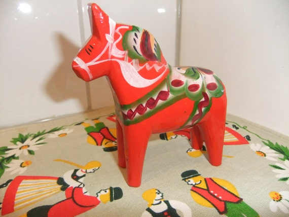 SALE Swedish vintage Dalahorse from Nusnäs Genuin Swedish craft works