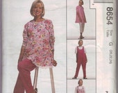 McCall's Sewing Pattern 8654 - Maternity Tunic, Jumpsuit, and Pants (8-12)