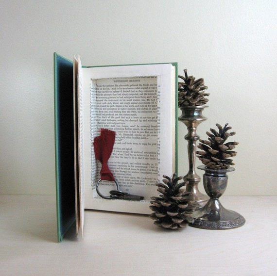 Secret Book Safe - Wuthering Heights by Emily Brontë