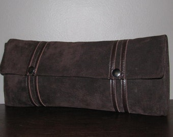 BROWN Suede LEATHER Purse CLUTCH 60's // 70's Retro Chic Hipster Boho Fold Over Timeless Fall Chocolate
