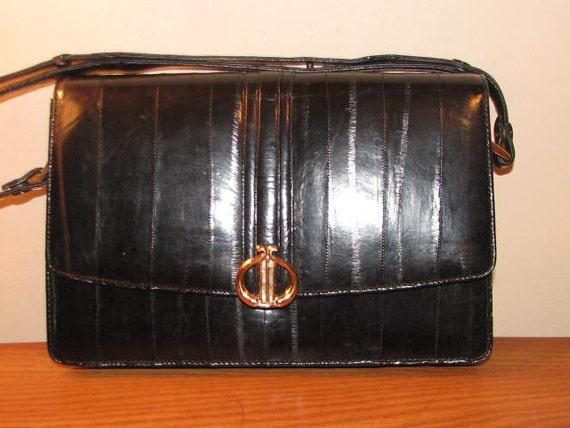 BLACK EEL Skin // Vintage Purse Handbag Gold Hardware Hipster Classic Preppy Boho Chic Sleek Shiny 70's 80's