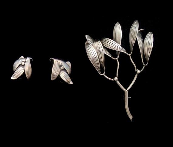 ANTON MICHELSEN Sterling Brooch Earrings Set Designed by Gertrud Engel Denmark Sweden