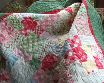 Modern lap quilt in retro fabrics, 1940's prints green pink and red baby or lap quilt