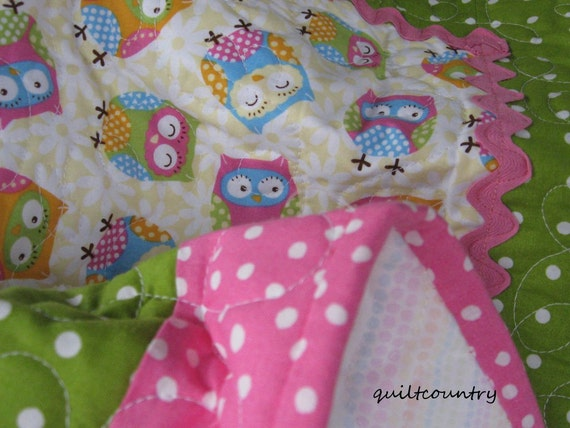Owl baby quilt, baby girl pink and green owl quilt with rick rack, baby blanket