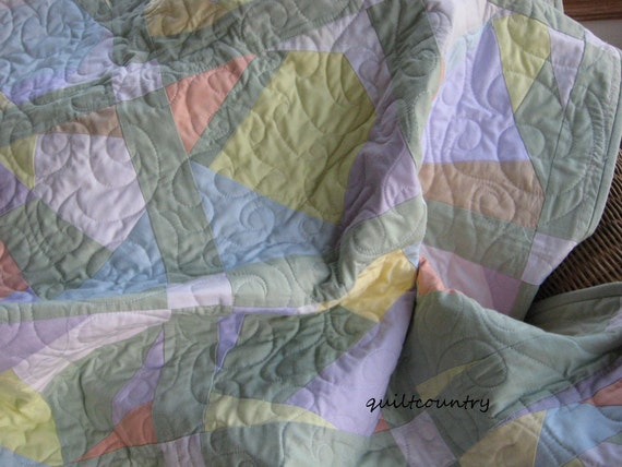 Crazy quilt in pastels, modern lap quilt, gender neutral baby quilt