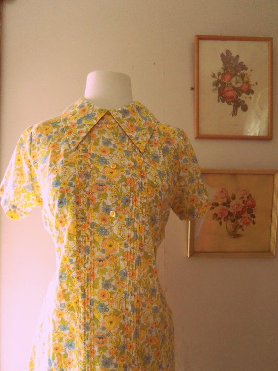 Picnic in Castle Rock 1960s Orange/Brown/Yellow/Green/Blue Liberty Print Mod Dress