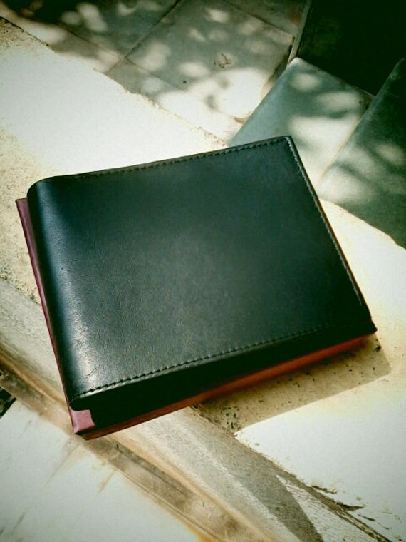 Black leather wallet / personalize / customize with name emboss/ perfect gift for him/ gift for groomsmen