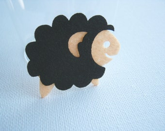 Felt applique Iron on Applique Cute Black Cream Sheep, woman, baby , kid, toys, Australia, bag, shirt, gift for her, baby , kid toys, A2