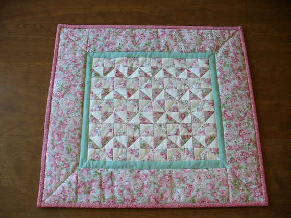 pink feather quilt wall - photo #28