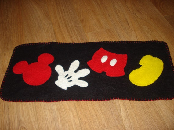 MIckey Mouse inspired parts Runner 30 x 12 por 3LaughingPumpkins