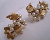 Trifari bridal pearl and gold leaf clip on