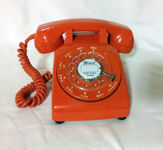 saleworking ringing bright orange rotary desk phone. Black Bedroom Furniture Sets. Home Design Ideas