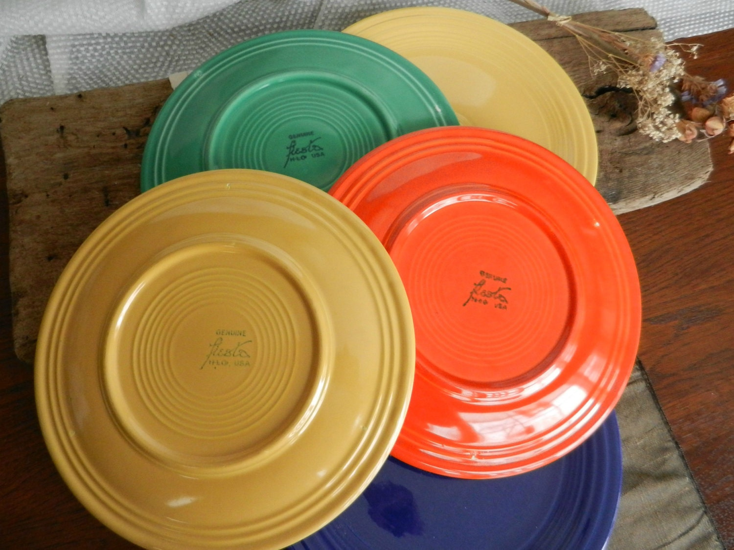 Fantastic Vintage Fiesta Dinner Plates Multi Colored Set Of & Fiesta Dinner Plates - Castrophotos