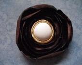 Hair Clip : Pearls & Gold