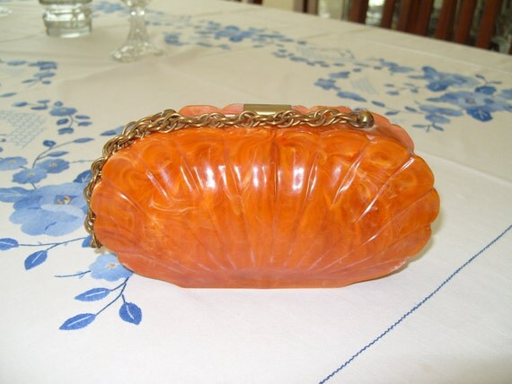 Sweet Vintage Bakelite Clam Shell Purse Clutch in Rich Coral