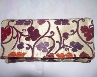 25- Floral CLUTCH beige and purple