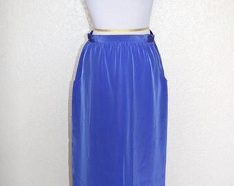 Lilac, column skirt with deep pockets