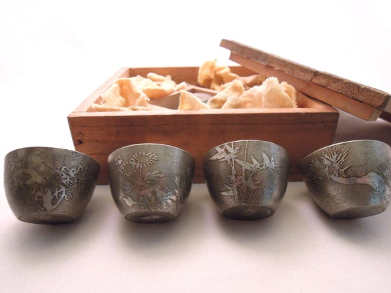 Vintage Sake Cup Set