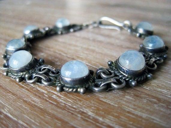 Silver Moonstone Cabochon Bracelet- Vintage