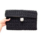 1950s Black Crocheted Clutch / Lucite Button Clasp / Gingham Interior / Simple and Sweet