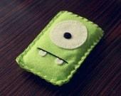 Felt Monster Phone or iPod Sock/Cover by BABUA - Green