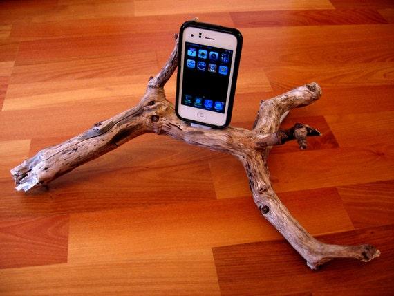 "iPhone dock - docking station - ""Dragon"""