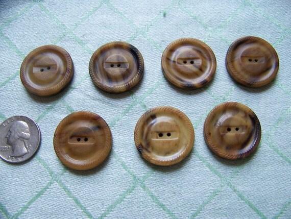 Set of 7 Large Caramel Marbleized VintageButtons