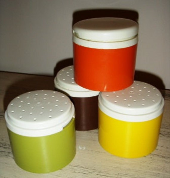 vintage Kitschy Kitsch ...  VINTAGE TUPPERWARE SHAKER set of 4 ..