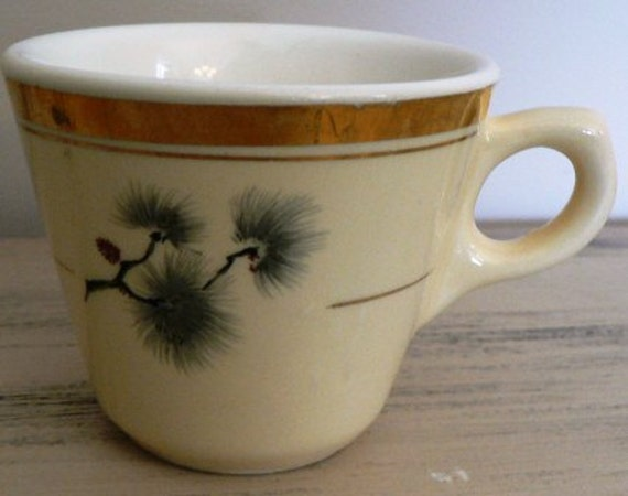 vintage HYCROFT ... classic MEDICINE HAT Pottery coffee cup Thistle pattern