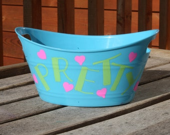 "Blue Mini Plastic Tote: ""PRETTY"" & ""SWEET"" with Hearts"
