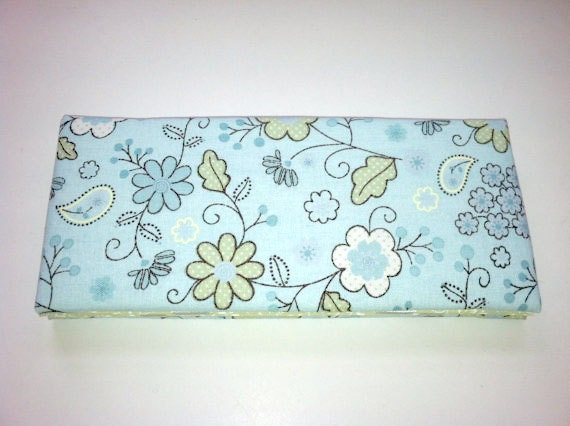 Magic Wallet - Billfold Baby Blue and Green Flowers