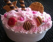 White  Whipped Cream Cake Box