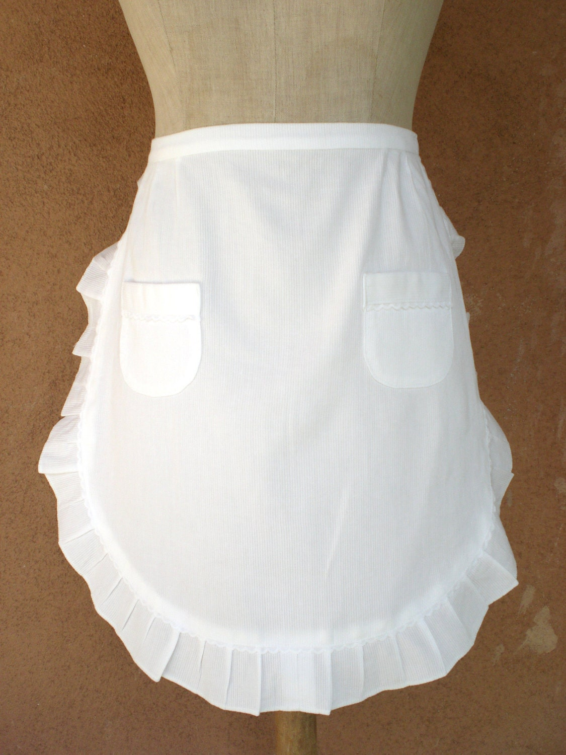 vintage orig french maid white linen apron made in france. Black Bedroom Furniture Sets. Home Design Ideas