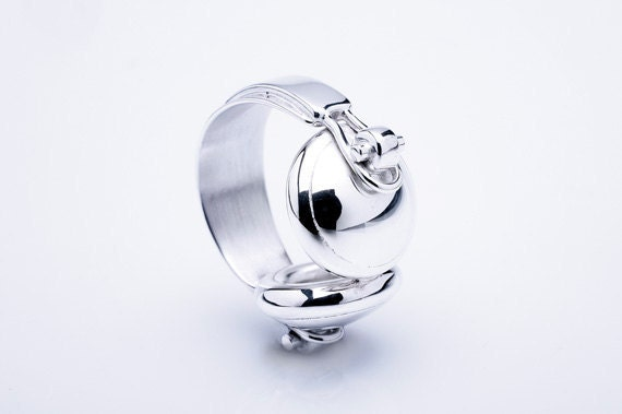 Studio Headphones Ring