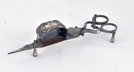 Home Decor Creepy Halloween Steam Punk Vintage Antique 1900s 1900's  Victorian  Gothic  Silver Plate Candle Snuffer