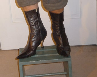 Boots for ladies by JIGSAW, real leather brown color---price reduced---
