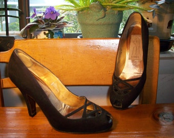 LONIA black suede heels sexy open toe 1940s reduced