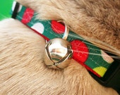 Breakaway Cat Collar - Green and Red Circles with a Jingle Bell