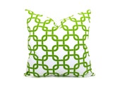 Euro Pillow Sham. 24x24 Pillow.Euro Pillow Cover. Green Pillow.Green and White.Chain.Floor Pillows.Printed Fabric  on Front and Back